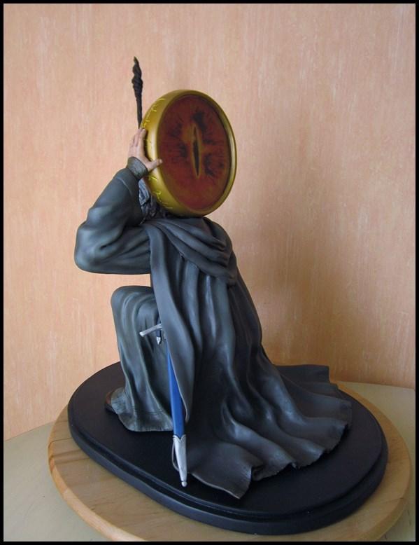Gandalf statue 1/4 13082405430116083611491135