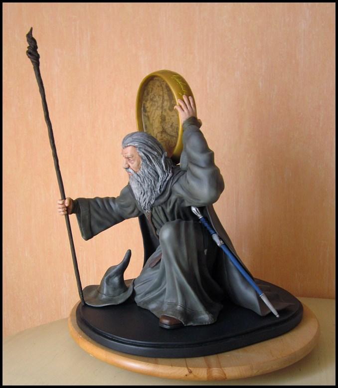 Gandalf statue 1/4 13082405430216083611491139
