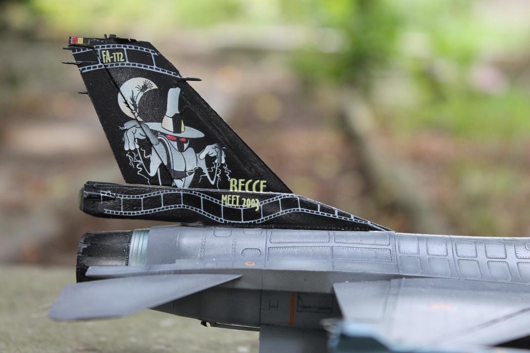 F 16 1ère escadrille (Florennes) 13090110523110561811516875