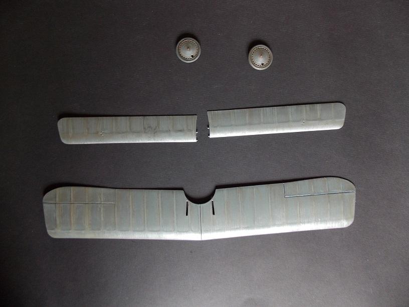 Nieuport 24 bis, kit Roden 1/32 + photo découpe Toms Modelworks et figurine 13090604595716079111528738