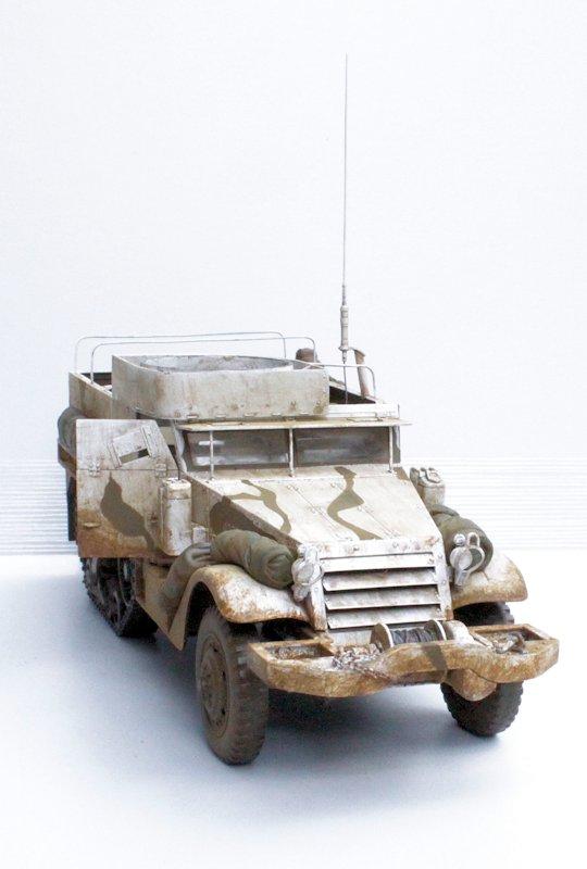 HALF TRACK M2A1 Belgique 1945 - 1/35 13091711075914106611559104