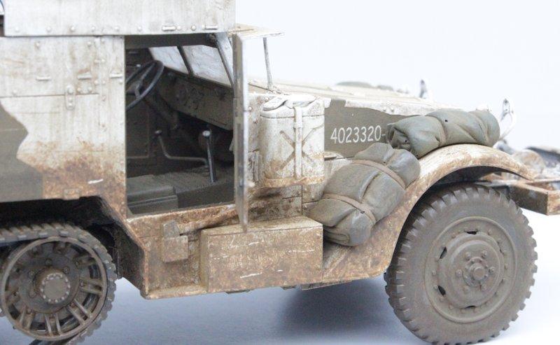 HALF TRACK M2A1 Belgique 1945 - 1/35 13091711075914106611559109