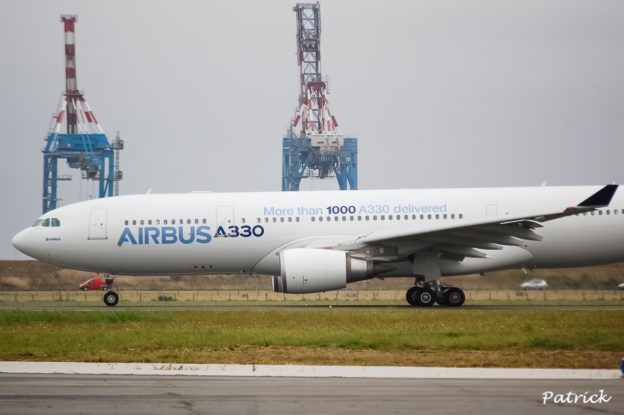 [17/09/2013] Passage de l'Airbus A330-200 (F-WWCB) Airbus Indutries !!!! 13091801063516756011561689