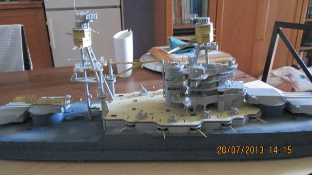 montage du USS ARIZONA AU 1/200 par Raphael - Page 3 1309211157074922011571100