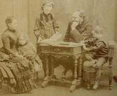 Pirou - Grand Portrait Famille c1886-89 (1)