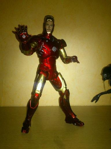 Iron man : recolorisation de la juppe 1310061030529422611614744