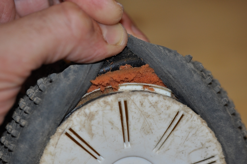 Probleme pneu (collage/usure inser) 1310280821094770911682674