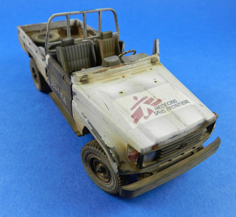 Pick up w zu-23-2 ( 1/35 Meng ) 13110812475015063811712230