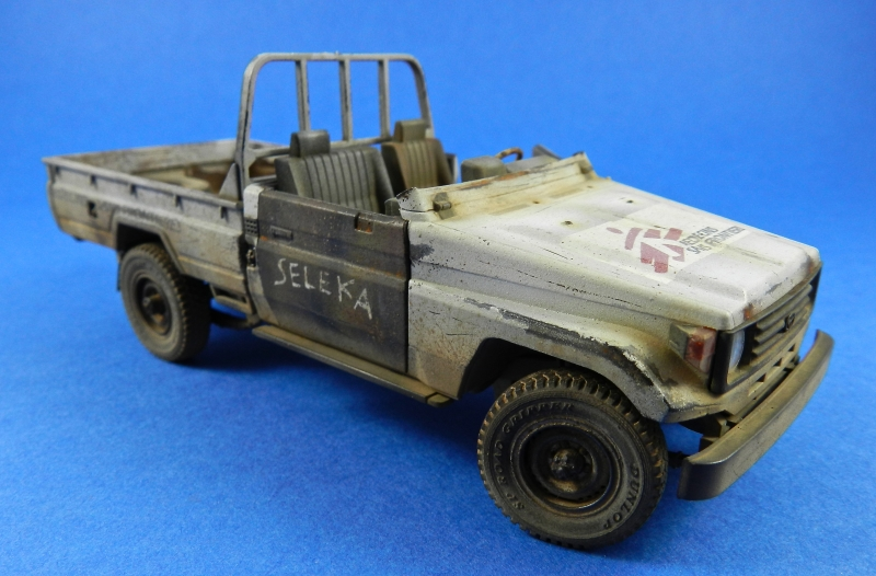 Pick up w zu-23-2 ( 1/35 Meng ) 13110812501115063811712238