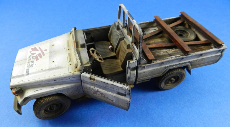 Pick up w zu-23-2 ( 1/35 Meng ) 13110812522315063811712284