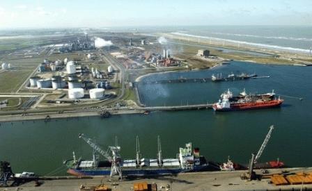 De LNG terminal van Duinkerke - Pagina 2 13112402141714196111762274