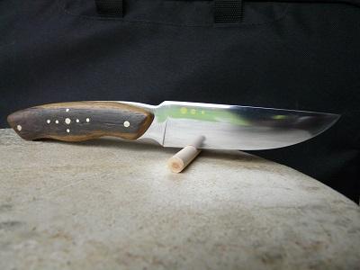 Couteaux en binôme , nouvelle passion  13122808432316273911849405