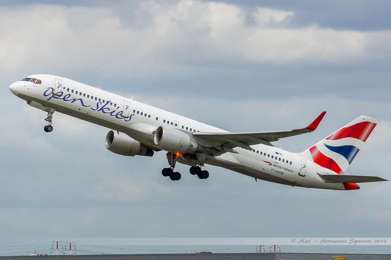 [12/05/2013] Aéroport de Paris Orly (LFPO / ORY) 13123003105616756011856511