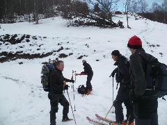 Sommet d'Antenac - 4008 En remontant la piste, utilisation des raquettes et des skis à partir de 1350 mètres