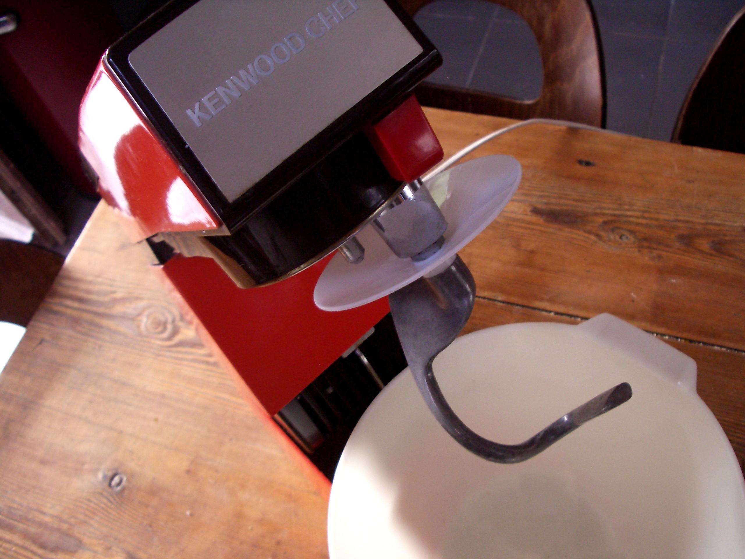 robot cuisine multifiction petrin kenwood chef a 901. Black Bedroom Furniture Sets. Home Design Ideas