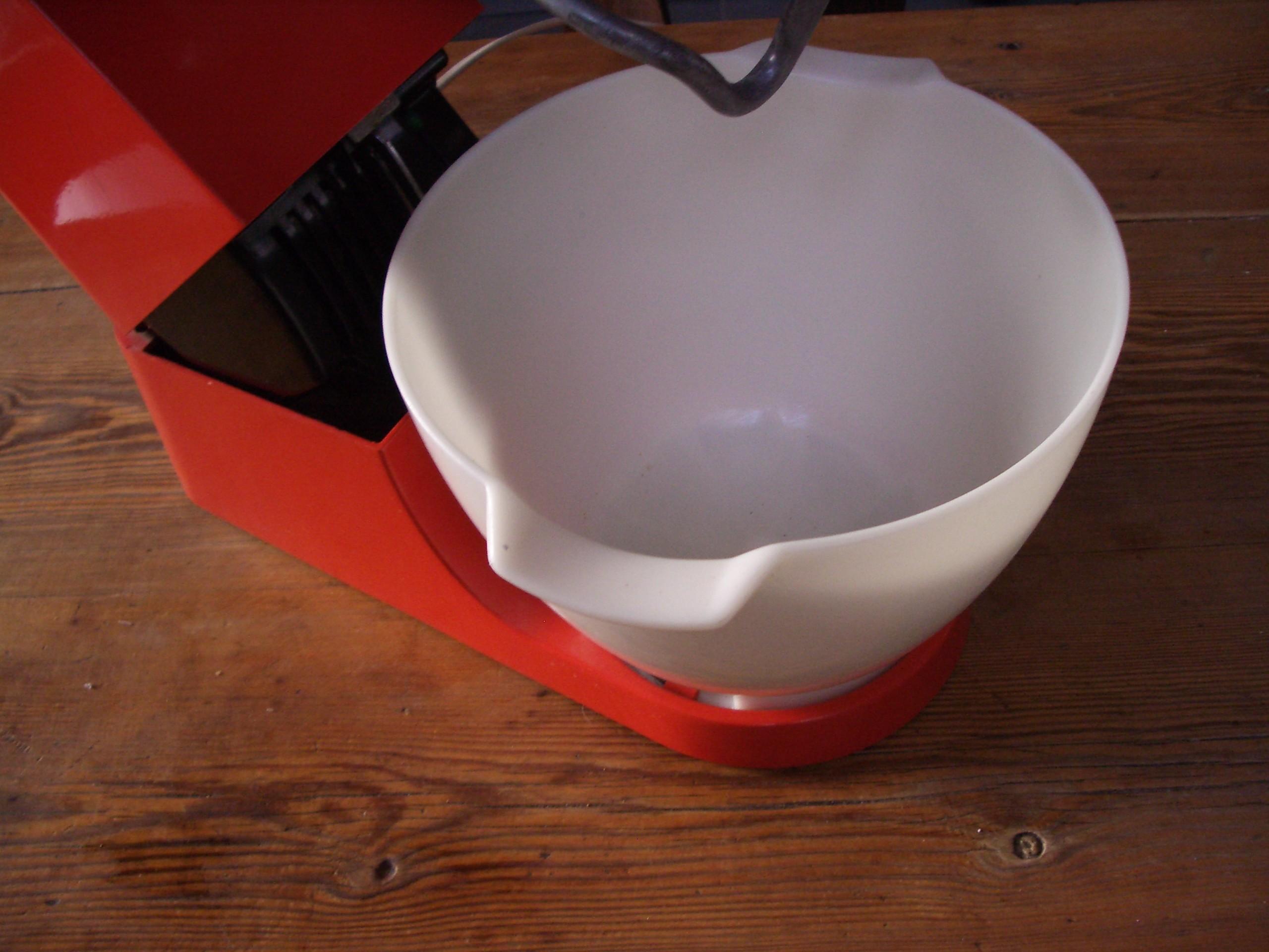 Robot cuisine multifiction petrin kenwood chef a 901 orange vintage mixeur ebay - Robot de cuisine petrin ...
