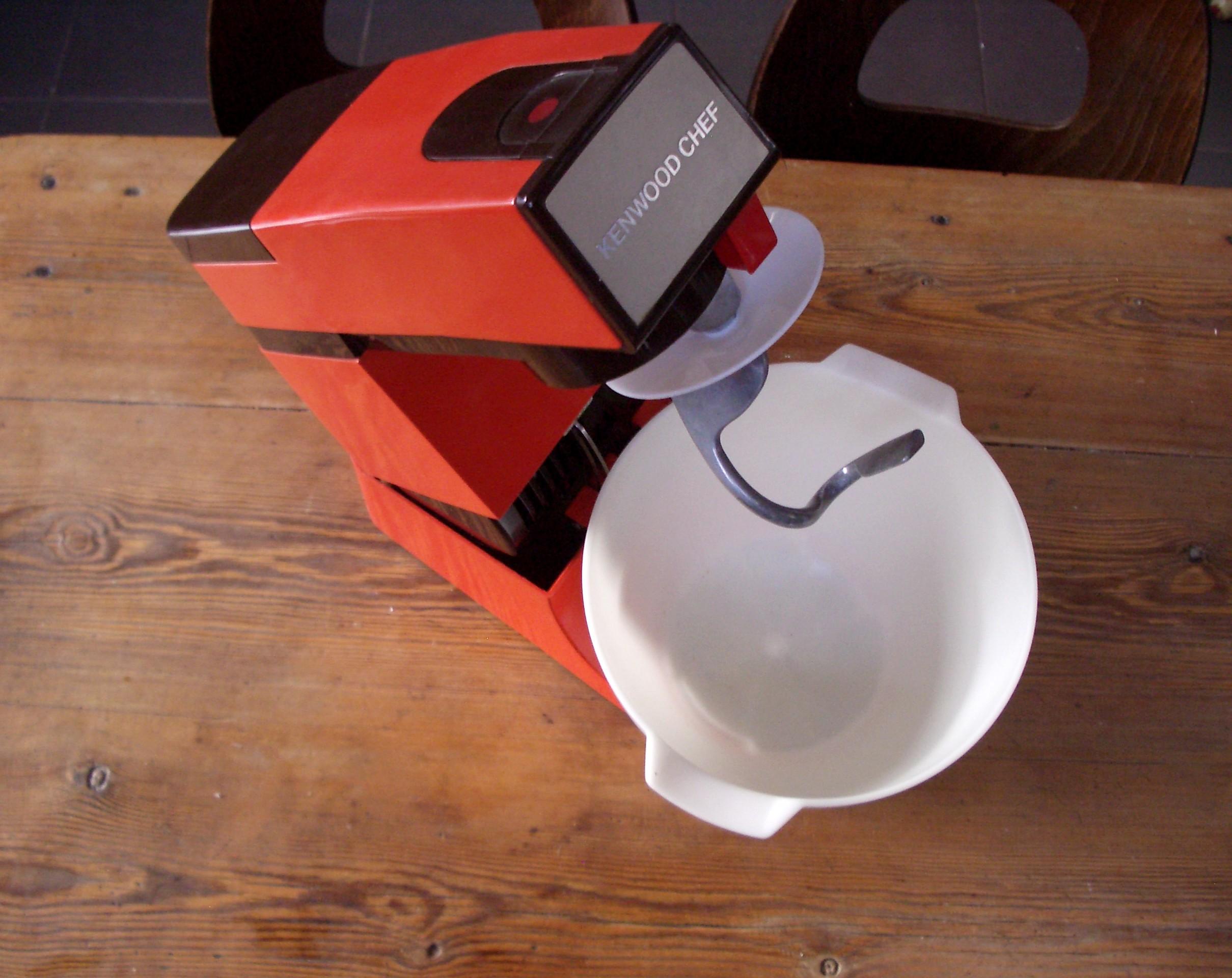 robot cuisine multifiction petrin kenwood chef a 901 orange vintage mixeur. Black Bedroom Furniture Sets. Home Design Ideas