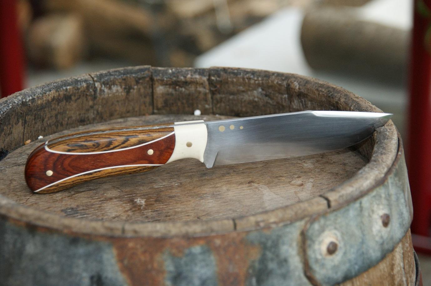 Couteaux en binôme , nouvelle passion  14010909290016273911884439