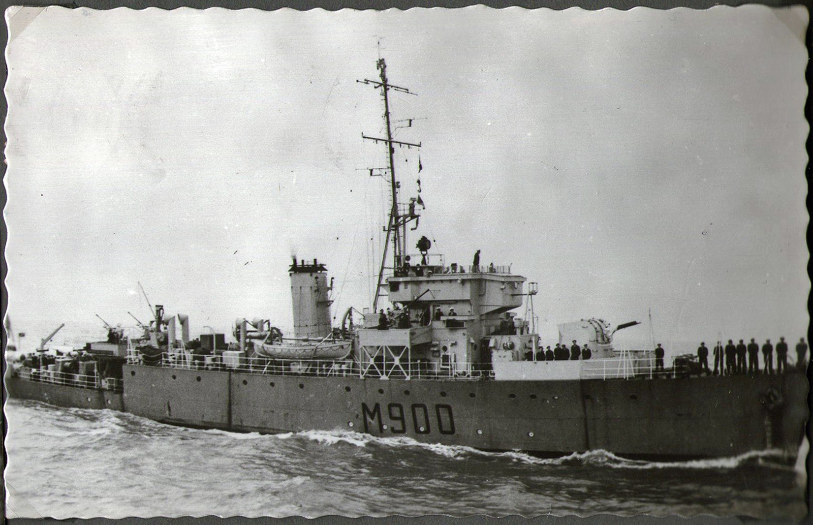 M900 / A954 Adrien De Gerlache (ex HMS Liberty) - Page 9 1401130735498733011894720