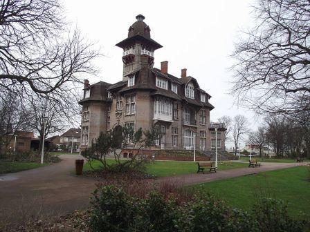 Kastelen en herenhuizen van Frans-Vlaanderen - Pagina 3 14012009532014196111916181