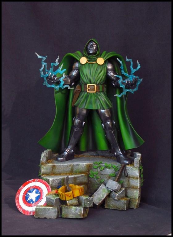 Dr Doom (Fatalis) statue au 1/5 14013103471516083611944755