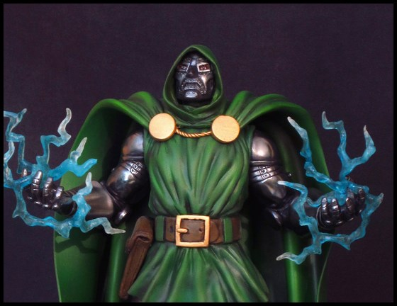 Dr Doom (Fatalis) statue au 1/5 14013103472016083611944756