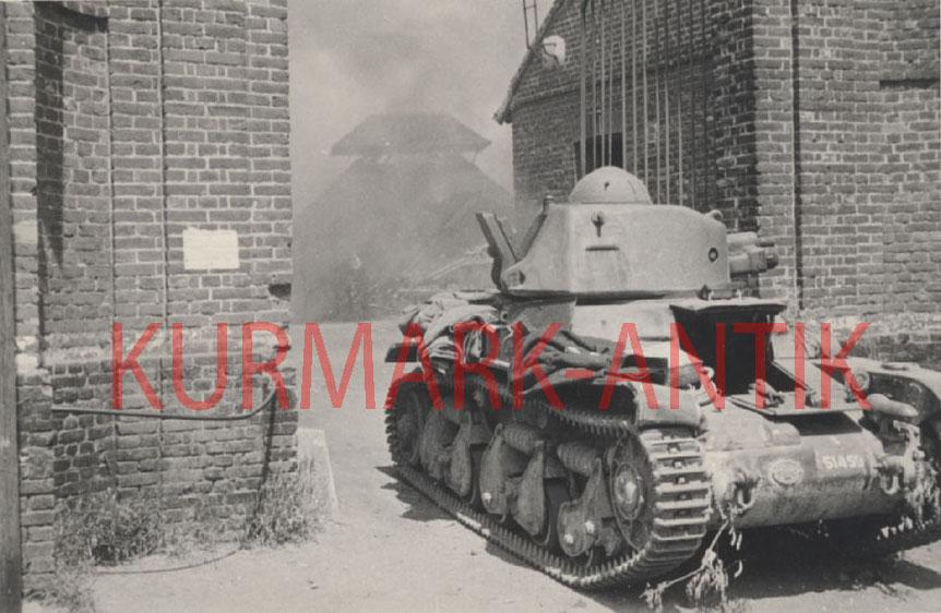 3 H35 à Lachapelle aux pots 2  9 juin 1940