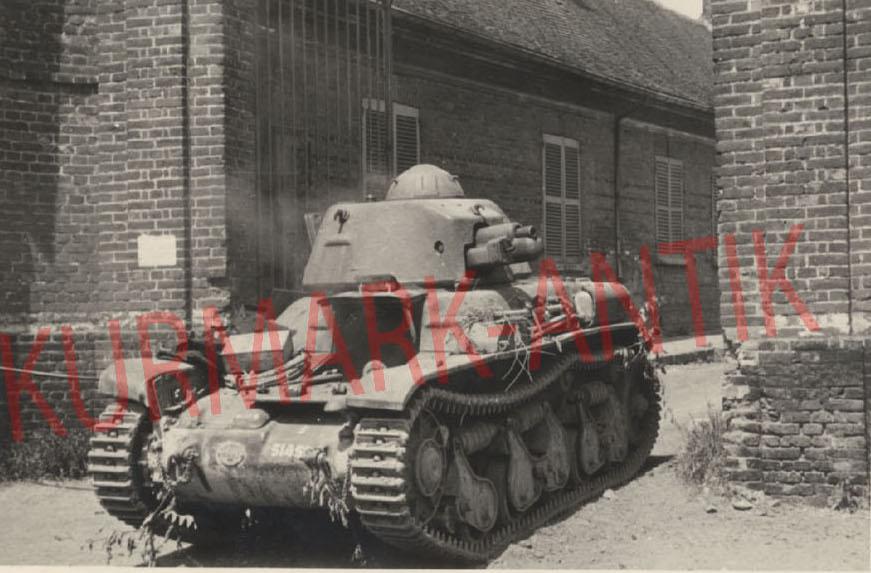 4 H35 à lachapelle aux pots 9 juin 1940