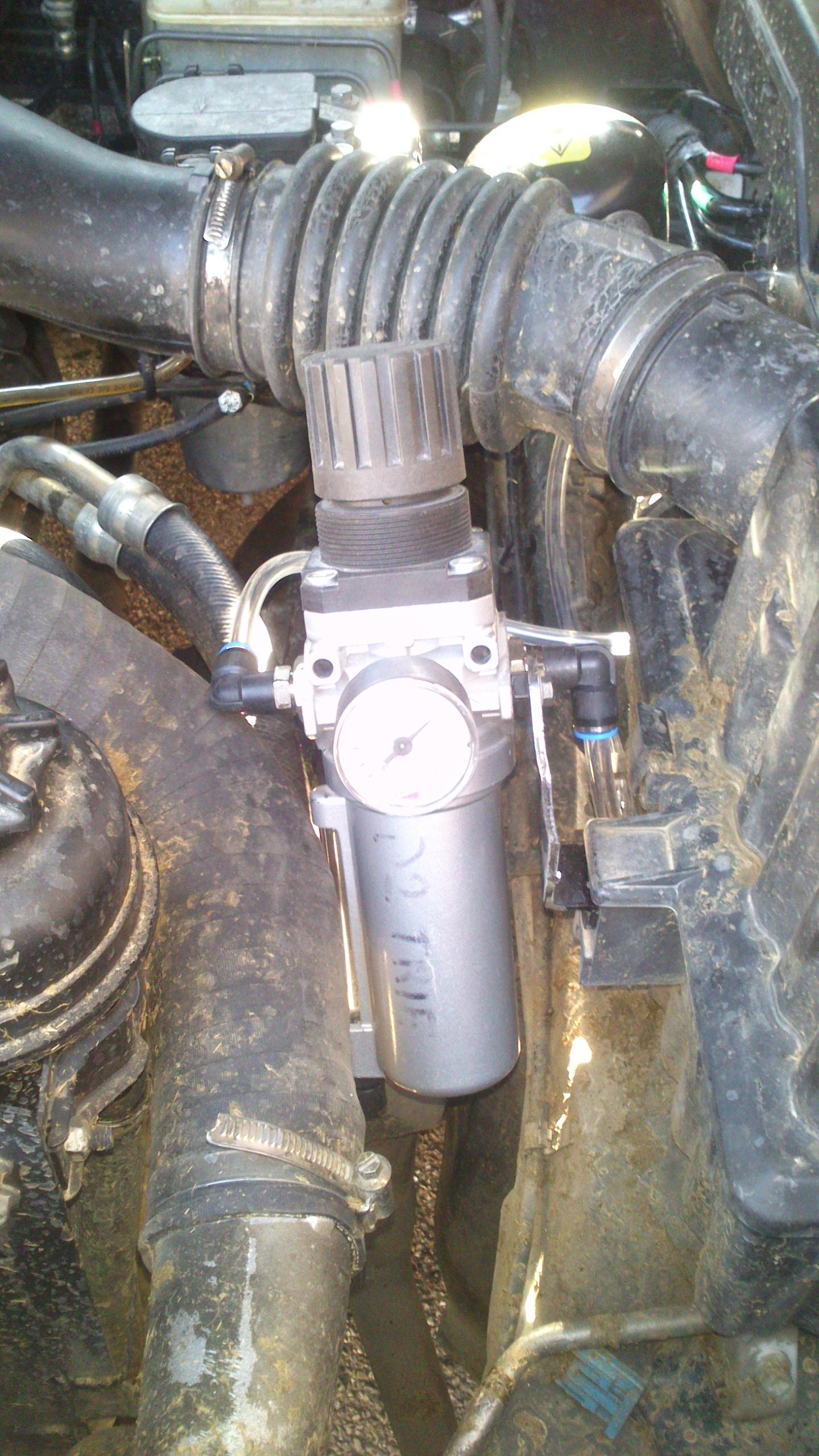 netoyage intercooler +admission et modification récupérateur vapeur d'huile 14032108130513085712085511