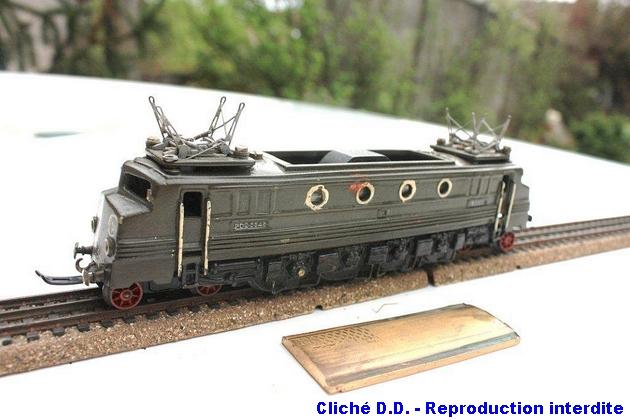 Les modèles bronze ; première période 1403220706098789712088323