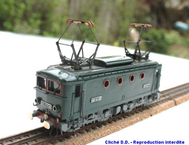 Les modèles bronze ; première période 1403220707028789712088327