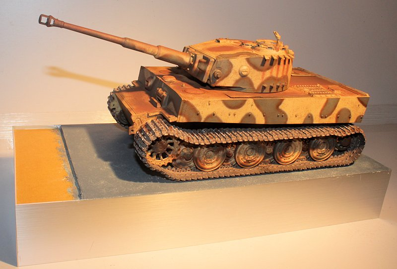 Tigre 1 Aufs E Late Vimoutier - AFV 35079 - 1/35 - Page 4 14032610170414106612101005