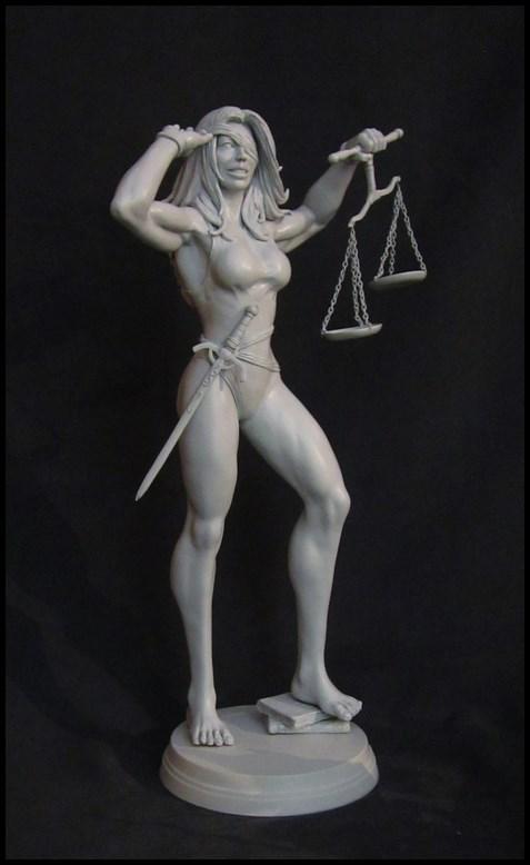 She-Hulk statue 1/4  14032808140816083612105765