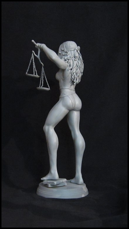 She-Hulk statue 1/4  14032808140816083612105766