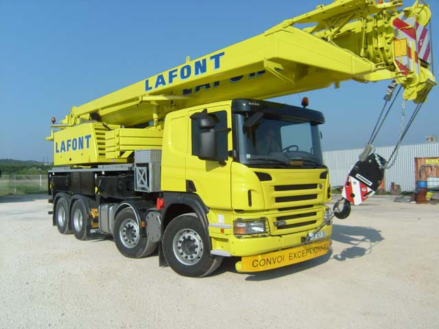 GRUE LIEBHERR LTF1045 sur chassis SCANIA 1403310841501624412113220