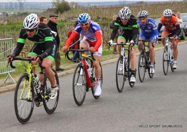 Classement de la course de St Cyr en Bourg du 30 mars 2014 1404010246174138312114499