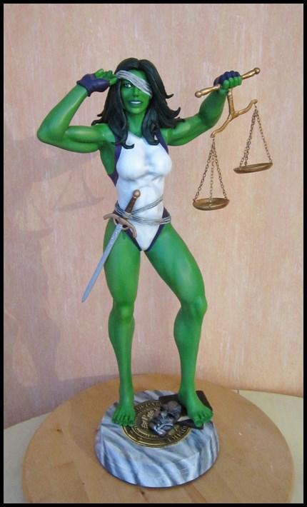 She-Hulk statue 1/4  14040108050516083612115728