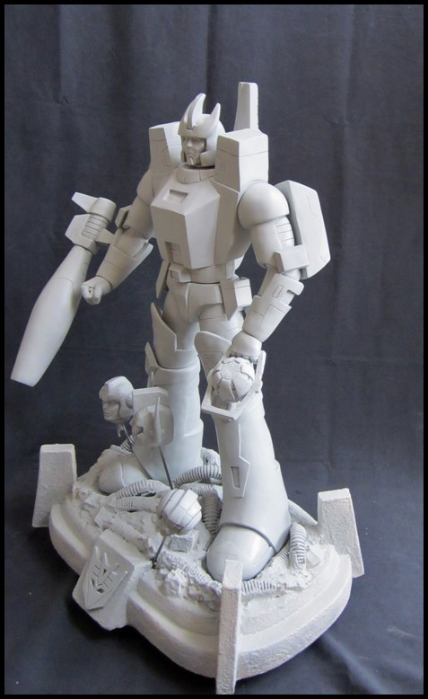 Galvatron statue  14052504485216083612264704
