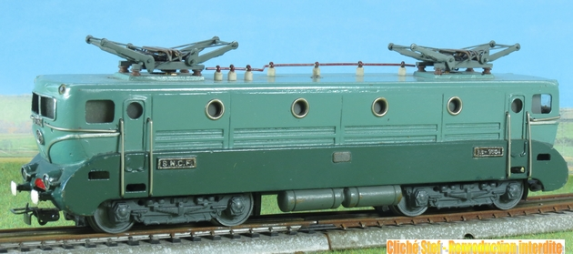Les modèles bronze ; première période 1405280727528789712273203