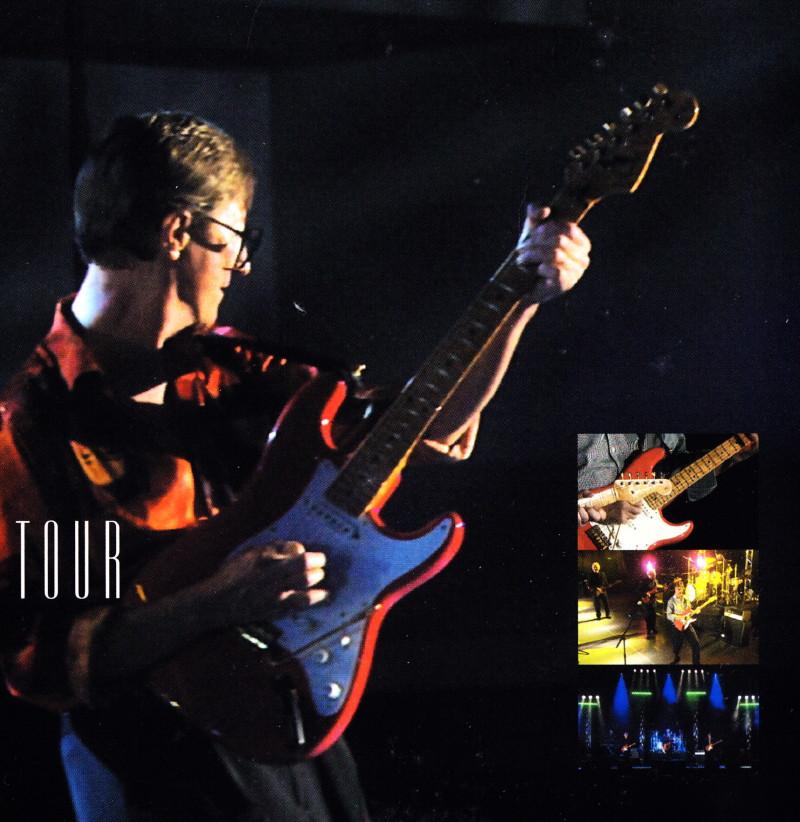 "CLIFF RICHARD, show ""STILL REELIN' AND A-ROCKIN'"" + album ""THE FABULOUS ROCK'N'ROLL SONGBOOK"" le 2 juin 2014 à l'OLYMPIA (Paris) : compte rendu 14062110155516724012334980"