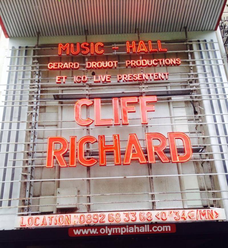 "CLIFF RICHARD, show ""STILL REELIN' AND A-ROCKIN'"" + album ""THE FABULOUS ROCK'N'ROLL SONGBOOK"" le 2 juin 2014 à l'OLYMPIA (Paris) : compte rendu 14062111024116724012335088"