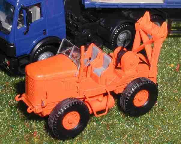 Les tracteurs Latil 1407030909148789712363481