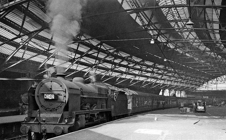 liverpool_lime_street_railway_station_