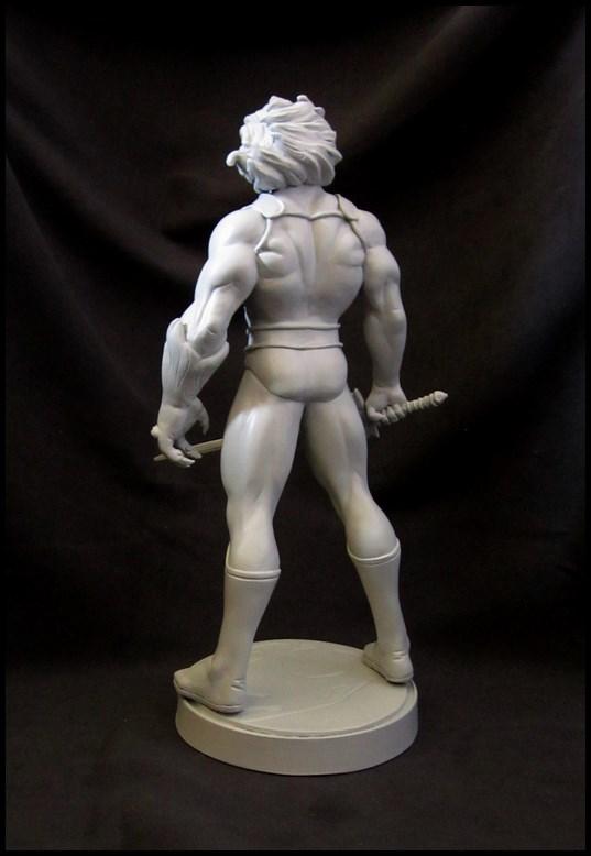 Thundercats Lion-o statue 14081907073816083612464115