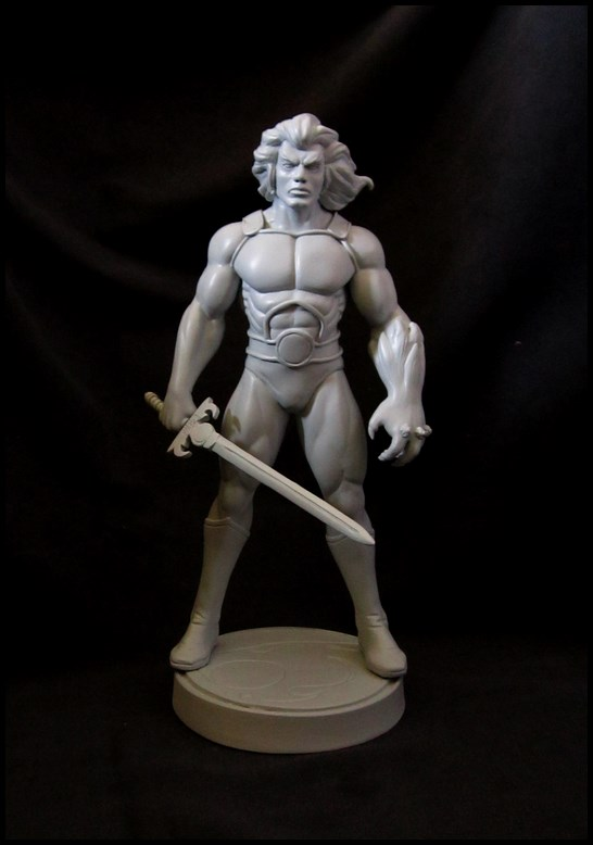 Thundercats Lion-o statue 14081907073916083612464116