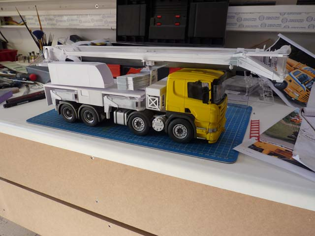 GRUE LIEBHERR LTF1045 sur chassis SCANIA - Page 2 1409070723251624412506799