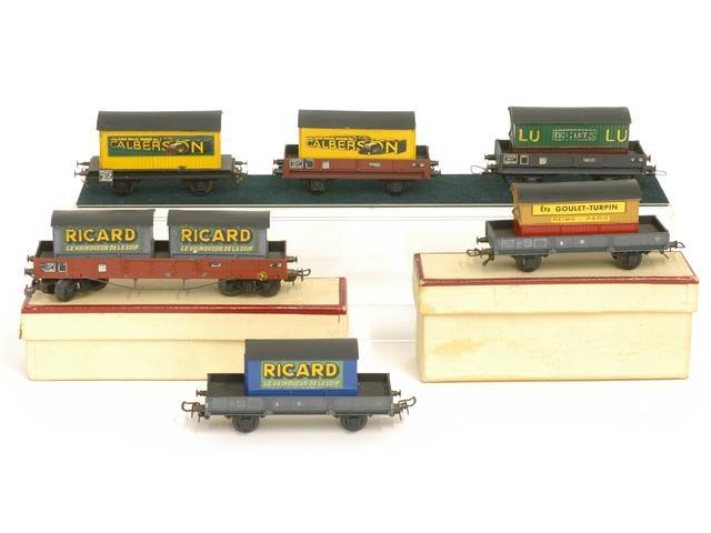 Wagons plats 2 ess maquette et semi maquette chargés par ordre alphabetique 1409081126468789712509938