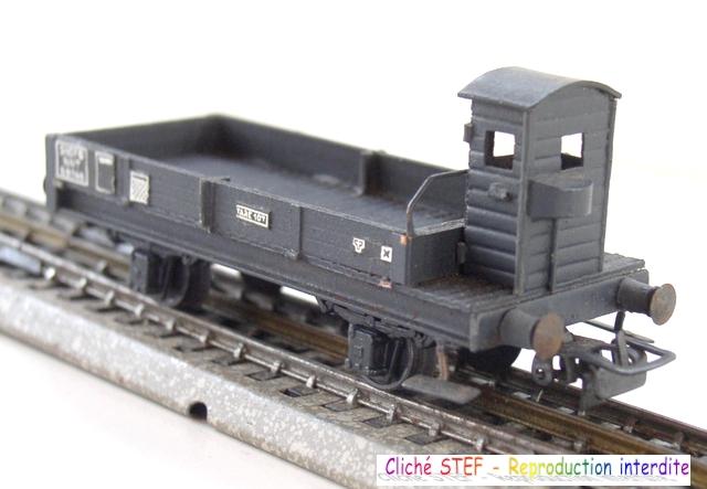 Wagons plats 2 ess maquette et semi maquette vides 1409081129178789712509978