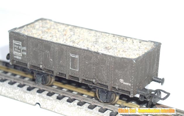 Wagons tombereau 2 essieux maquette chargés 1409081129218789712509987