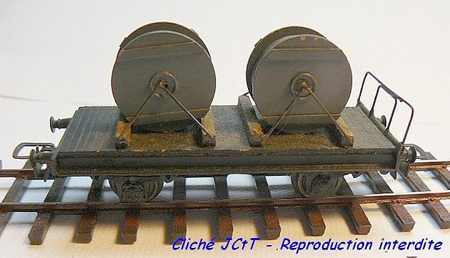 Wagons plats 2 ess maquette et semi maquette chargés par ordre alphabetique 1409081134548789712510082